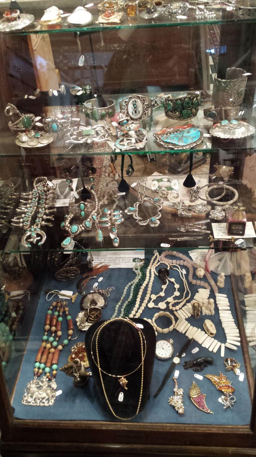 antique jewlery